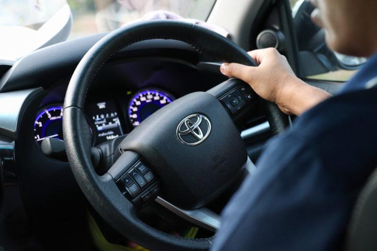 ทำไมคุณจึงควรเลือกขับรถโตโยต้า (TOYOTA) มือสอง