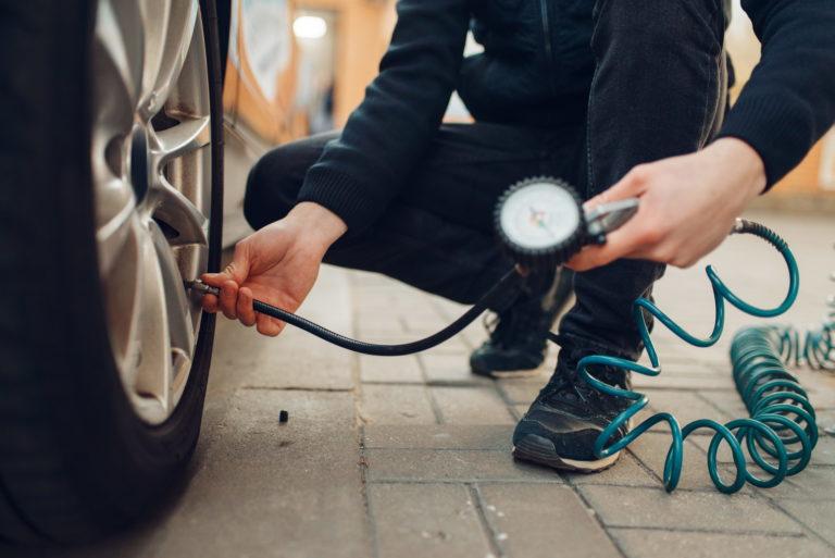 ตรวจเช็คลมยางรถยนต์ของคุณ เพิ่มมูลค่าการขายสุดปังให้รถของคุณ
