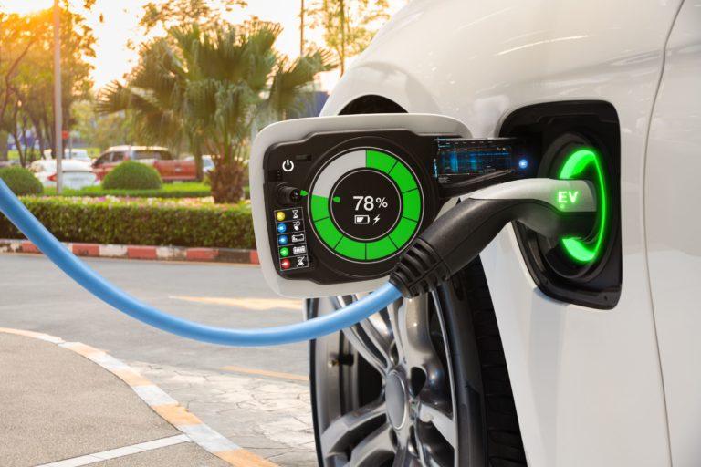 รถยนต์ไฟฟ้าชาร์จนานแค่ไหน?