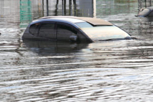 ทริคสังเกตระหว่างทดลองขับว่ารถเคยมีน้ำท่วมหรือเจออุบัติเหตุใหญ่ไหม
