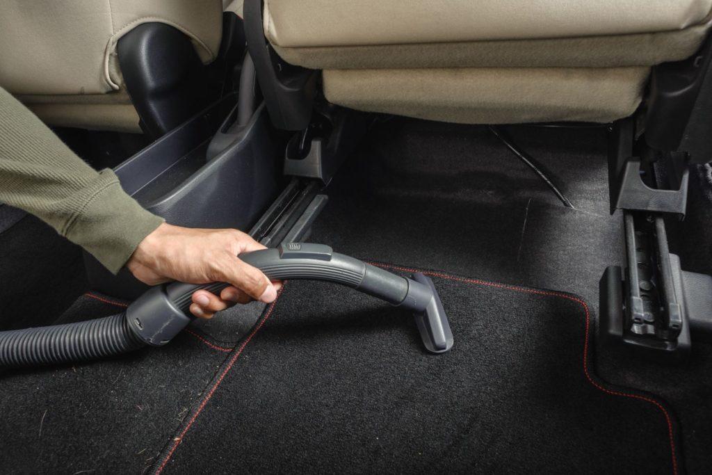 พรมในรถยนต์ก็สามารถเป็นแหล่งสะสมเชื้อโรค