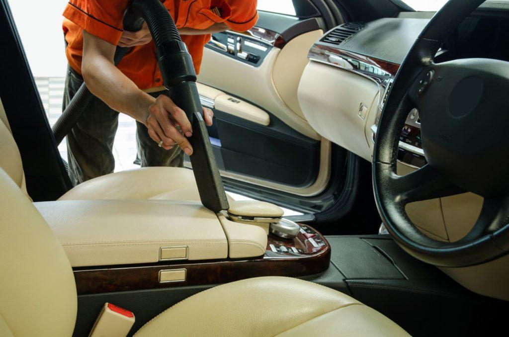 วิธีรักษาความสะอาดภายในรถ