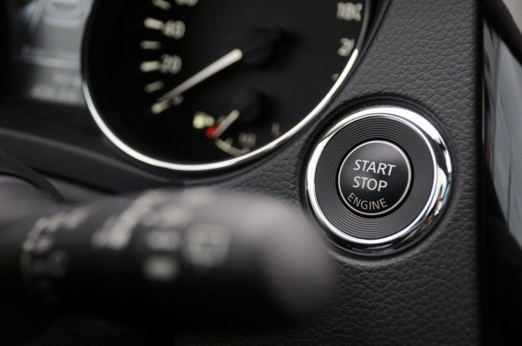 สัญลักษณ์สตาร์ท-ดับเครื่องยนต์อัตโนมัติ (Start-Stop System)