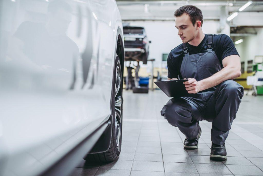 การตรวจสอบสภาพภายนอก– รอยตัดและรอยต่อของรถ